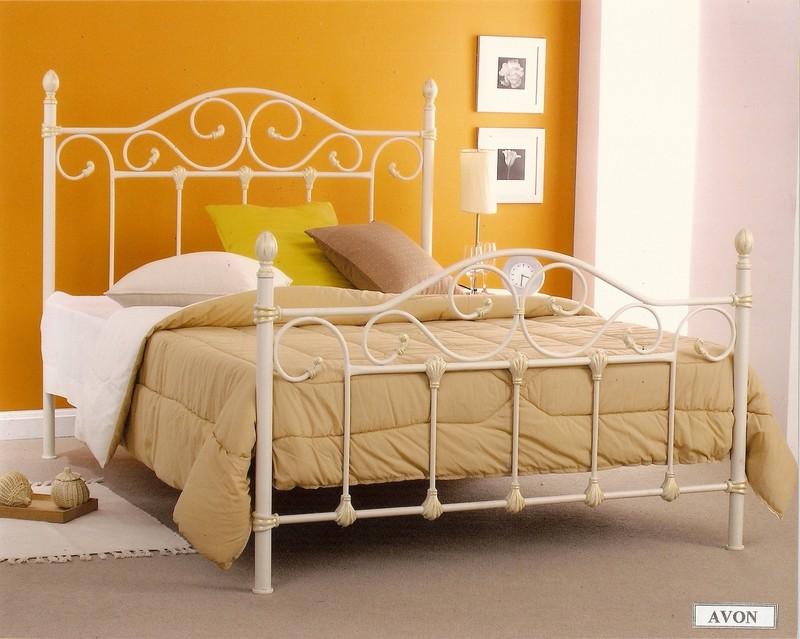 Кованая кровать малайзия