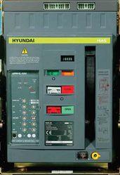 Автомат HYUNDAI UAN32B 3B M2C2S2+корзина 3200A,  AC380/415B,  реле UPR-2